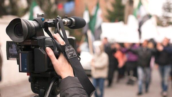 Los cambios de política y estrategia de Facebook tienen un fuerte impacto en los medios (Getty Images)