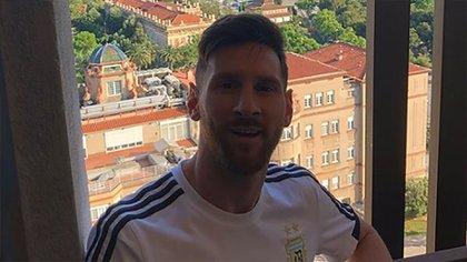 En este contexto, la preparación continuará en Barcelona (@leomessi)