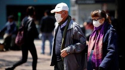 """El ministro de Salud de Córdoba, Diego Cardozo, alertó hoy que """"existe una posibilidad de una segunda ola"""" del coronavirus, en la provincia como consecuencia del """"relajamiento"""" social (REUTERS)"""