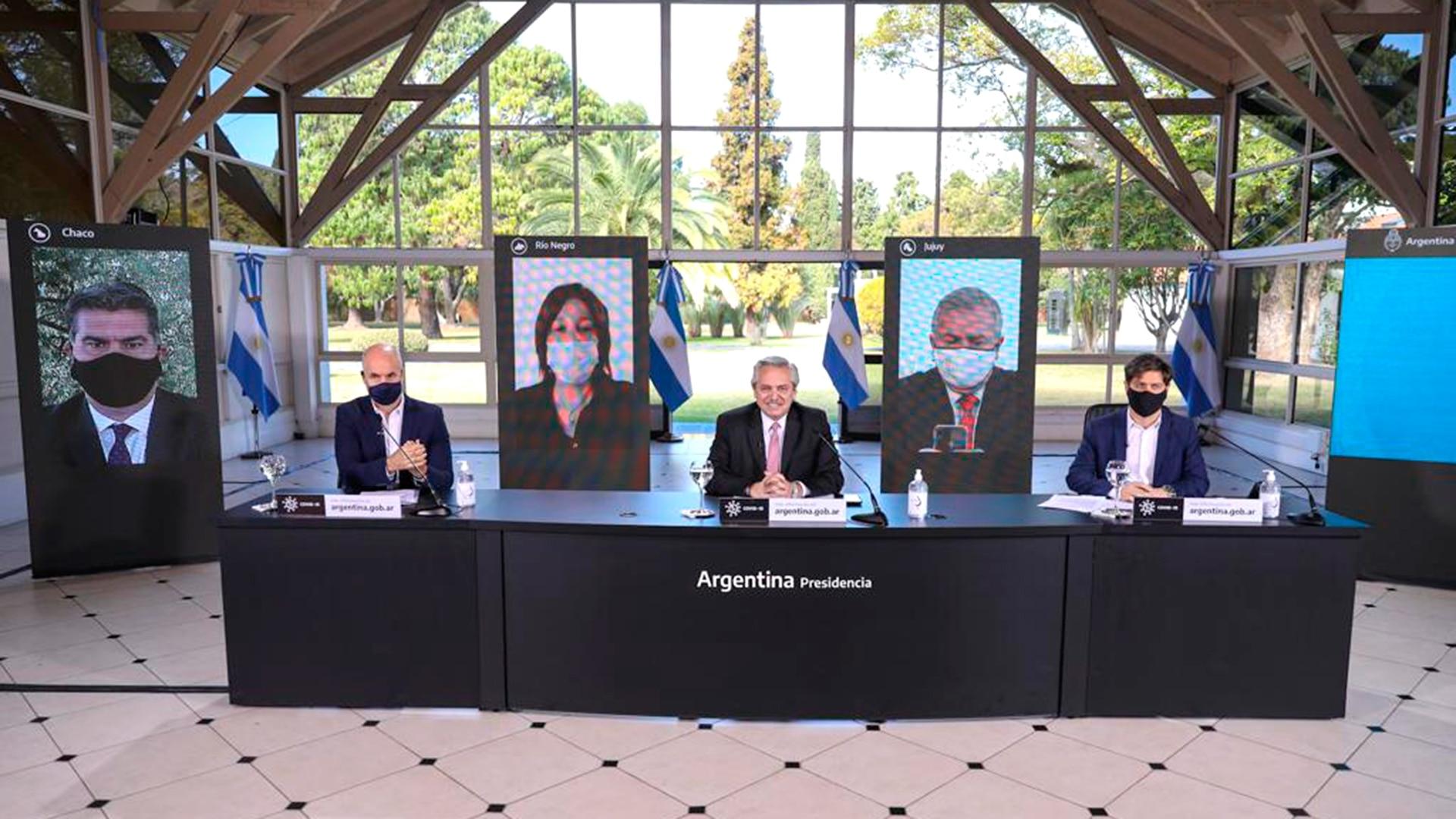 Tras el anuncio de la nueva cuarentena, Alberto Fernández busca retomar la iniciativa, armar un plan post pandemia y diferenciarse del núcleo duro K - Infobae
