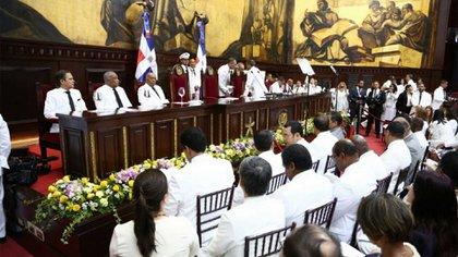 Danilo Medina asume en el Congreso de la República Dominicana