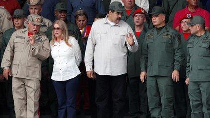 Maduro reconoció que la cúpula chavista tendrá prioridad para recibir la vacuna contra el coronavirus (REUTERS/Carlos García Rawlins)