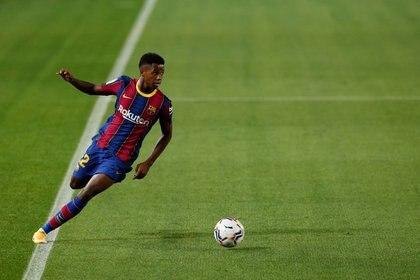 Ansu Fati, del Barcelona, terminó por detrás de Haaland en la votación para el Golden Boy 2020 (REUTERS)