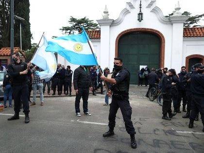 La Policía Bonaerense reclamó mejores salarios y condiciones de trabajo