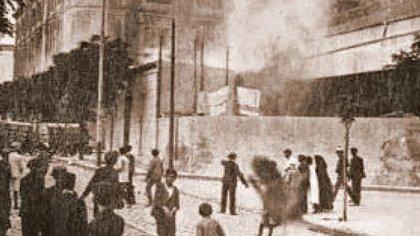 Otra escena en la fábrica Vasena, donde se inició la semana trágica en Buenos Aires.