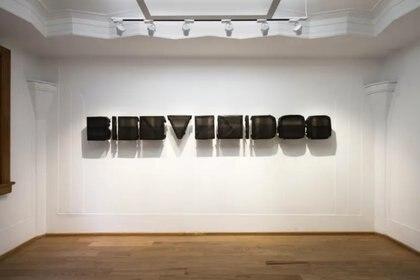 La brasileña Marilá Dardot regresa a Art Basel Miami Beach.