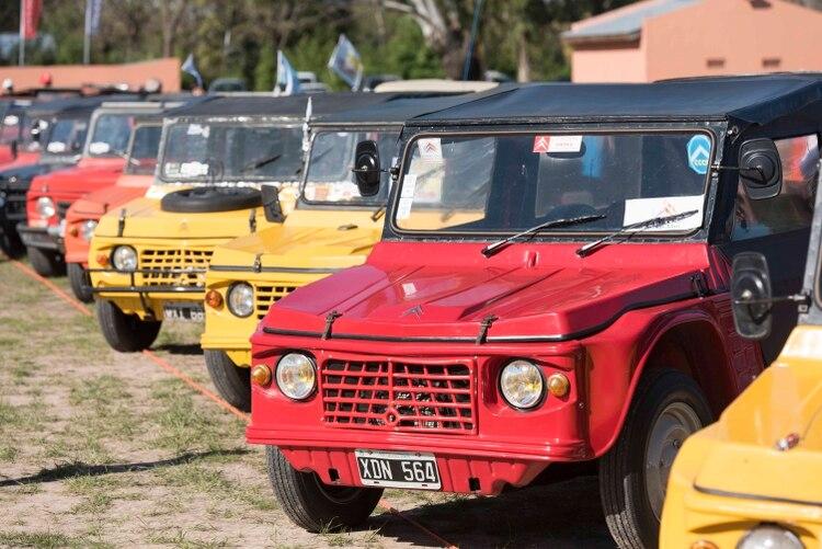 El Mehari tenía una carrocería que se moldeaba en Uruguay.
