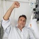 La foto que subió Gabriel Batistuta a sus redes sociales después de la operación en su tobillo izquierdo (@GBatistutaOK)