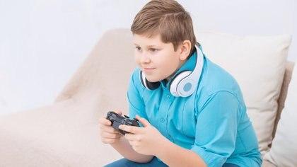 La obesidad es una epidemia social que requiere de acciones a nivel poblacional que generen entornos más saludables (Getty)