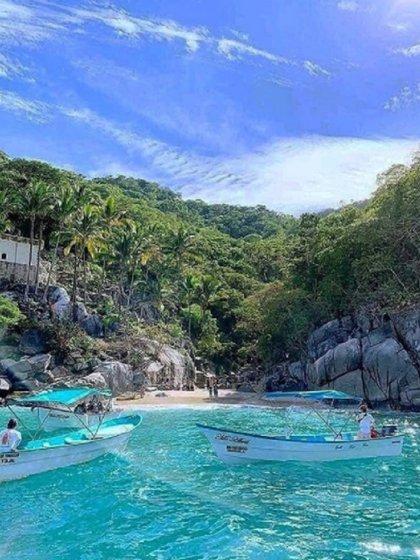 Playa Colomitos (Foto: Instagram @jalisco.esmexico vía @jalisciensesdecorazon)