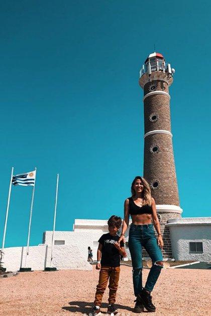 Jimena Barón y Momo en El Faro