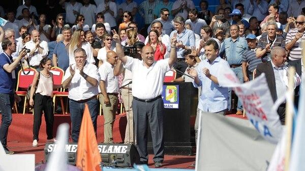 """El gobernador Juan Manzur reclamó la unidad """"son excepciones"""""""