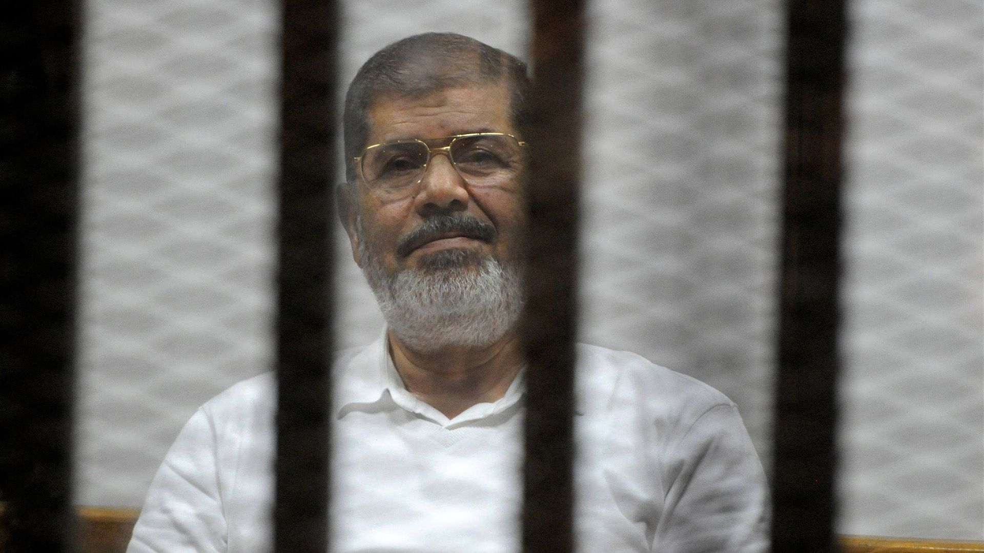Mohammed Morsi, tras ser derrocado y arrestado (Reuters)