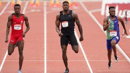 Pesa 104 kilos, es uno de los más rápidos de la NFL y compitió contra atletas profesionales con el sueño de ir a los JJOO