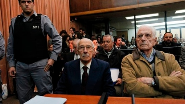 Bignone junto a Jorge Rafael Videla (Reuters)