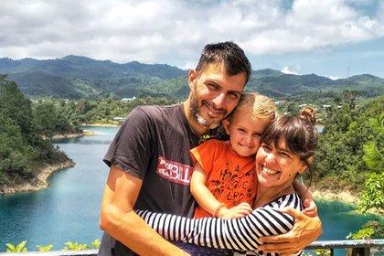 Martín, Gaia y Maru en Lagos de Montebello, en Chiapas (México).