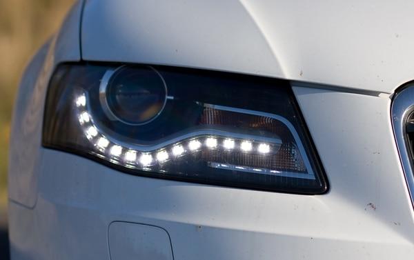 """El nuevo inciso dice: """"Mientras el vehículo transite por rutas nacionales, las luces bajas o las luces diurnas permanecerán encendidas"""""""