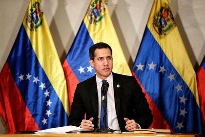 FOTO DE ARCHIVO: El presidente encargado de Venezuela, Juan Guaidó