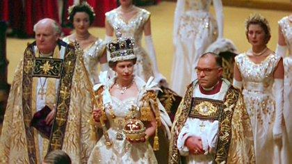 """Laurence Olivier narra el cortometraje, """"A Queen is Crowned"""", la coronación de la reina Isabel II"""