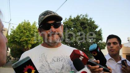 Marcial, padre de Máximo Thomsen en el penal de Dolores. Hoy, las visitas están canceladas por el coronavirus. (Ezequiel Acuña)