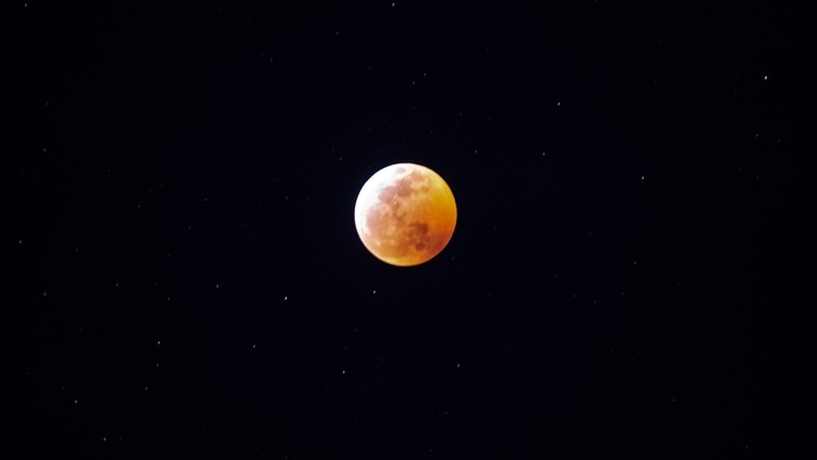 Así se vio el eclipse en Miami (Gaston De Cardenas / AFP)