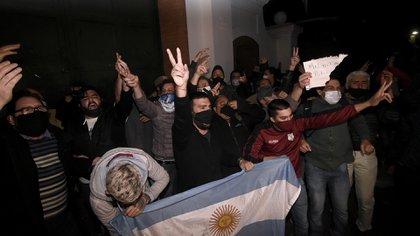 Militantes se movilizaron al ver la protestas de policías en Olivos