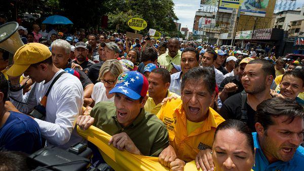 Henrique Capriles en la movilización opositora (EFE)