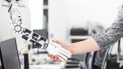 La tecnología reemplazó muchos puestos de trabajo que antes ocupaban los humanos (Getty)