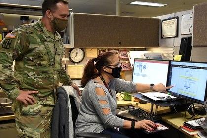 Trabajos en Fort Detrick, en Maryland (Reuters)