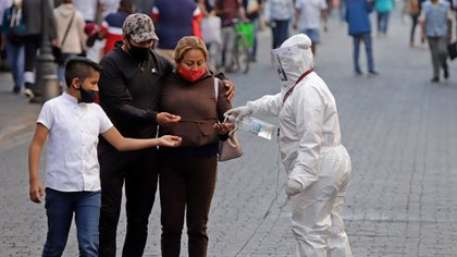 """Mencionaron que el gobierno usó el control de la pandemia para sacar """"raja"""" en provecho de su imagen. (Foto: Cuartoscuro)"""