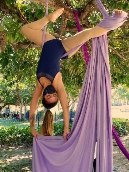 Eva María Méndez, es máster en psicología clínica con estudios de arte, ballet, terapia del arte y acrobacia aérea. Foto: @tsukihime25
