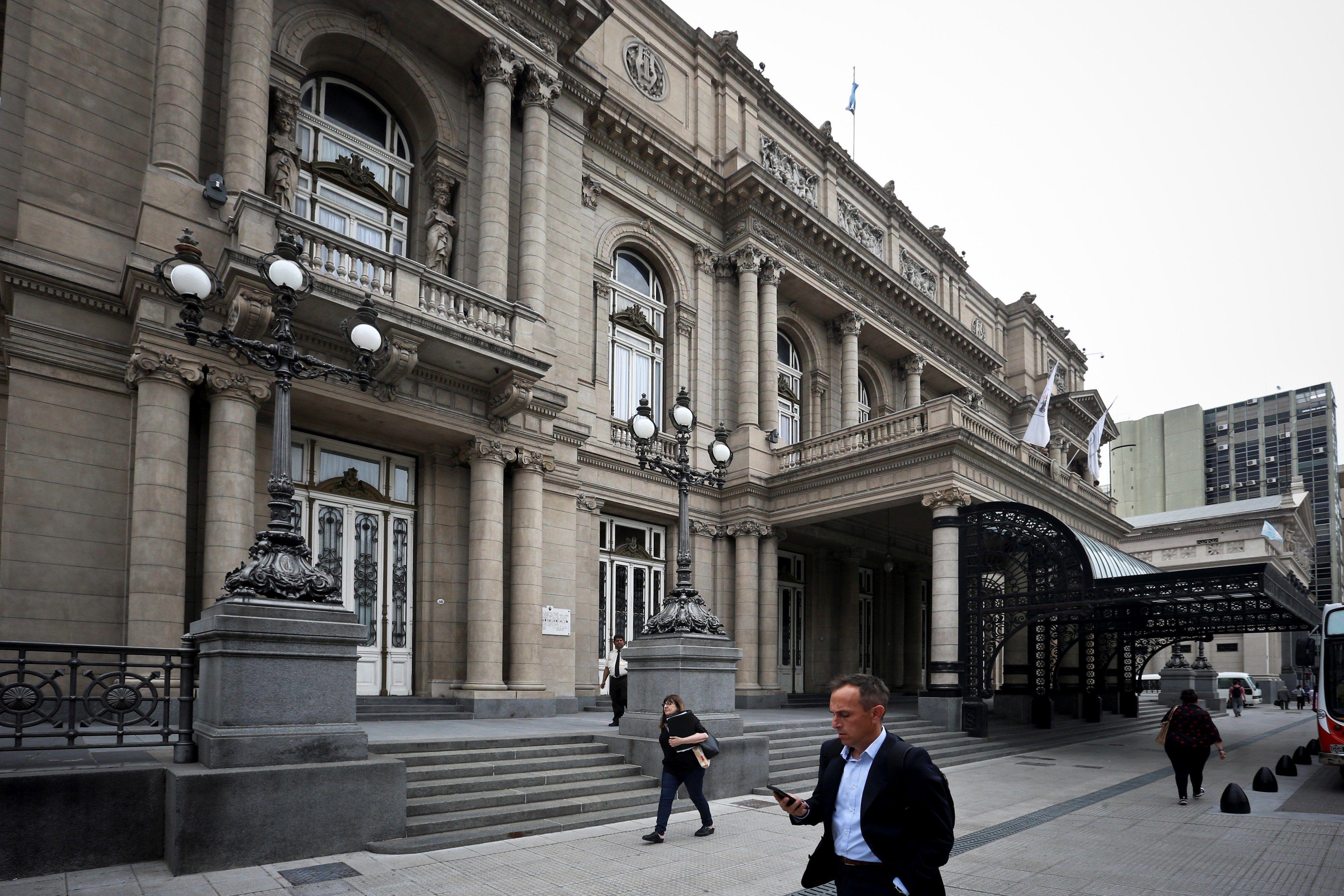 Vista general del Teatro Colón, en Buenos Aires (Argentina). EFE/Juan Ignacio Roncoroni/Archivo