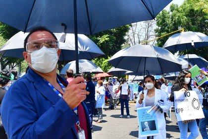 En territorio Azteca, la entidad con más casos de muerte es la Ciudad de México con 1,945 fallecimientos y una tasa de letalidad de 21.57 por cada 100,00 habitantes (Foto: EFE/ Jorge Núñez)