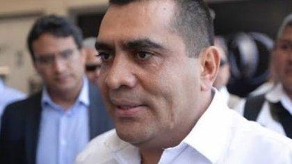 Por caso Iguala, catean casa de ex subsecretario de seguridad en Michoacán
