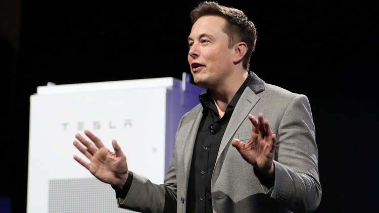Elon Musk no duda a la hora de innovar (AFP PHOTO / DAVID MCNEW)