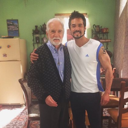 """Ricardo Blume y José Ron en """"Muchacha italiana viene a casarse"""" (IG: joseron3)"""