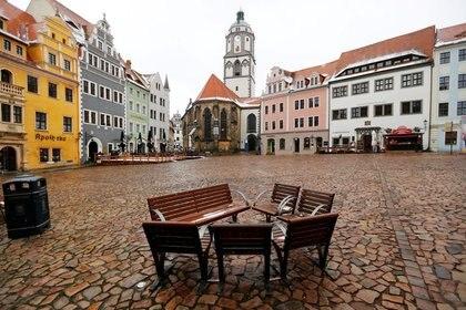 Una vista de la plaza del mercado en medio de la pandemia de COVID-19 en Meissen, Alemania