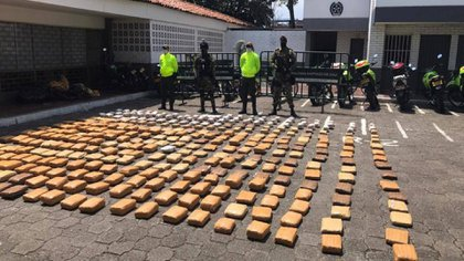 Narcotics seized by authorities in Cali, the raids were carried out in private homes / (El Tiempo).