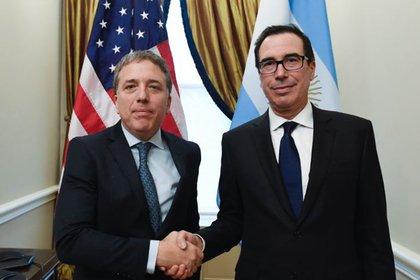Nicolás Dujovne y Steven Mnuchin, secretario del Tesoro de EEUU