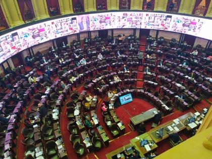 Comenzó la sesión por el Presupuesto 2021
