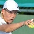 Navratilova le respondió mediante una carta abierta que se publicó en varios medios australianos