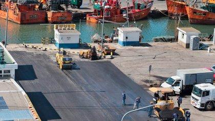Una obra de repavimentación en el puerto