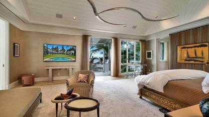 La propiedad tiene siete dormitorios y diez baños (The Grosby Group)