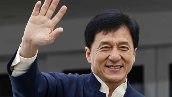 Ettaes fruto de una breve relación que mantuvo Jackie Chan con la antigua Miss Asia durante los años 90