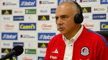 El DT Guillermo Vázquez ha sido cuestionado por los malos resutados del equipo (Foto: Cortesía/ Atlético de San Luis)
