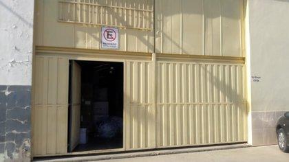 El 14 de abril, tras un mega operativo, personal policial de la división Leyes Especiales se presentó en la empresa Zonda Safety Gear de San Juan. Para su sorpresa, había alrededor de 30 personas, entre hombres y mujeres trabajando en un galpón sin carteles ni ventanas.