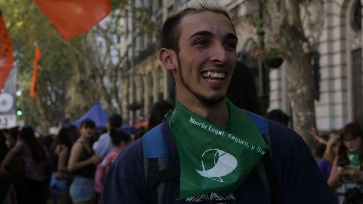 Hay quienes sostienen que sí deben participar porque la lucha es de la clase trabajadora en su conjunto (Lihue Althabe)