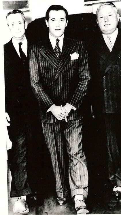 Bugsy Siegel: porte de galán, frialdad de asesino