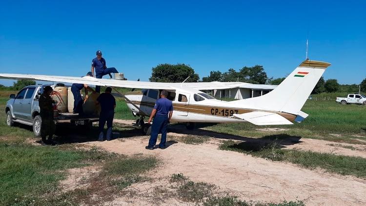 La avioneta tiene matrícula boliviana (@MaritoAbdo)