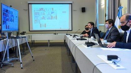 El ministro de Educación, Nicolás Trotta y su par de Trabajo, Claudio Moroni, encabezaron la reunión